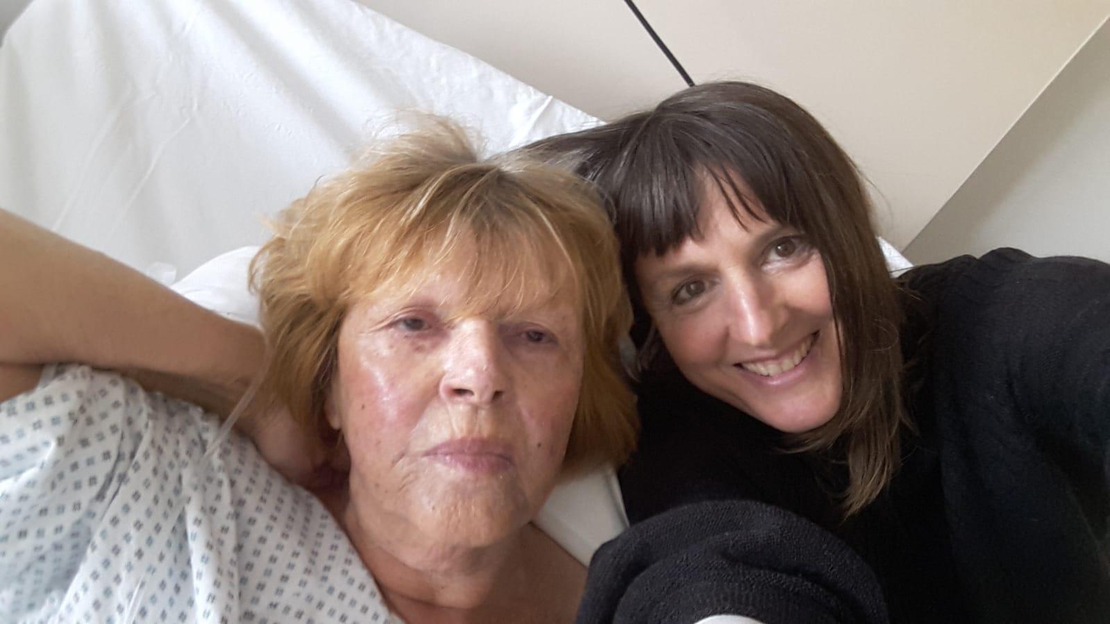Annette mit Mutter